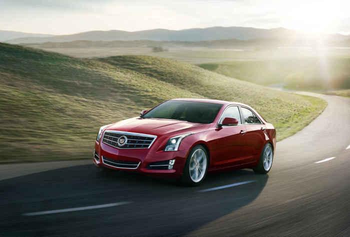 Cadillac ATS - автомобиль года 2012.