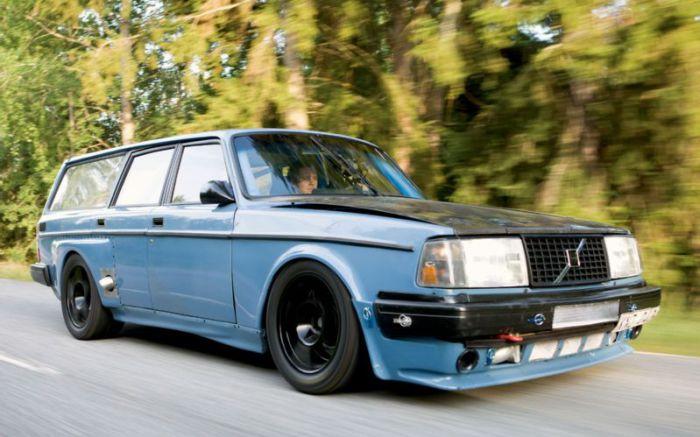 Volvo Wagon - лучший автомобиль для дачников.