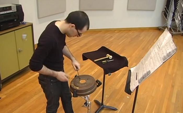Тормозной барабан – музыкальный инструмент.