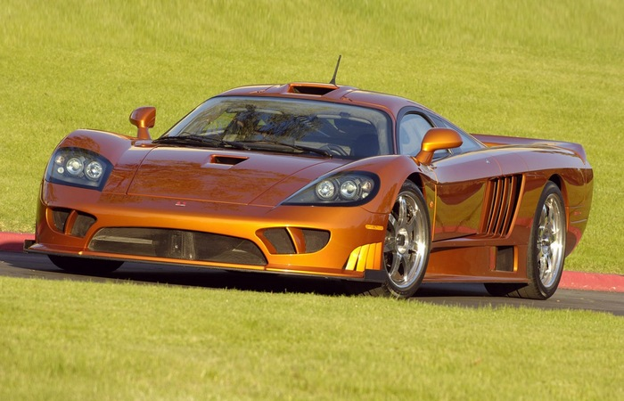 ���������� Saleen S7 Twin-Turbo.