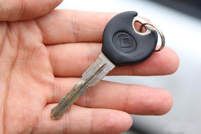 Запасной ключ - каждому авто.
