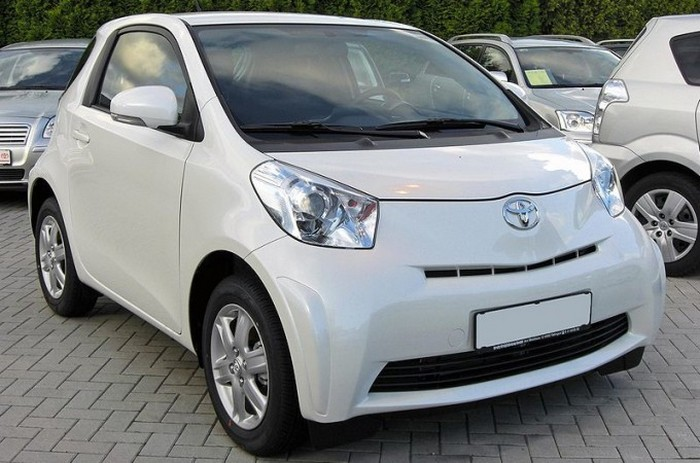 Scion IQ - ������� ����� ����.