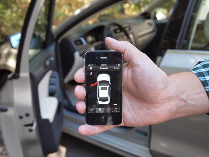 Управлять авто со смартфона? Почему бы и нет!