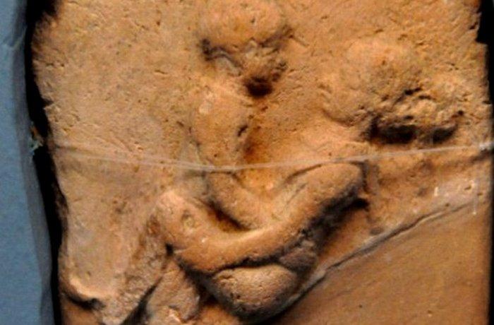 Древний Вавилон: эротические глиняные таблички.