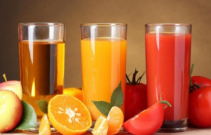 Условно здоровая привычка: употребление соков.