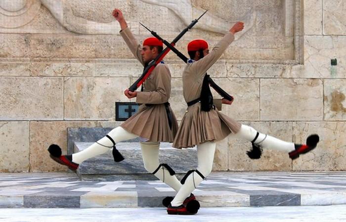 Греческий караул.