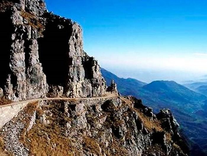 Дорога Пасубио, Италия