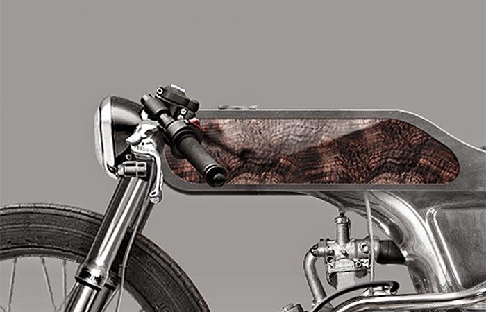 Мотоцикл, похожий на велосипед.