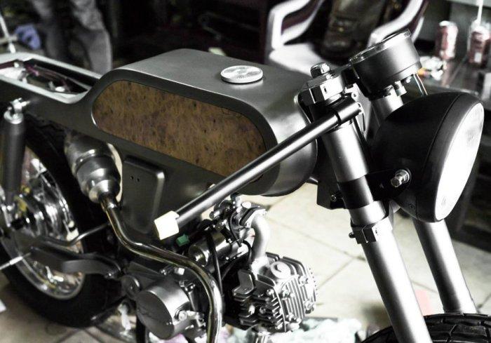 Эксклюзивный мотоцикл ручной сборки