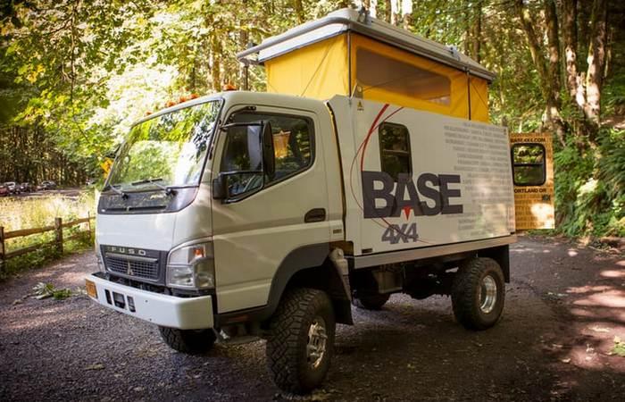 Экспедиционный автомобиль Base 4x4.