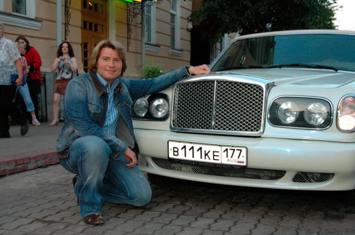 Любит свой автомобиль. |Фото: carakoom.com.