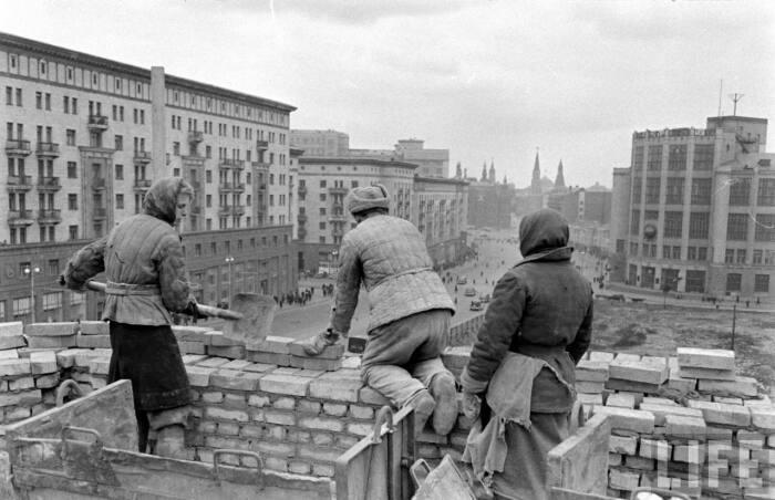 Стране после войны было не до пафосных проектов.  Фото: bono60.livejournal.com.