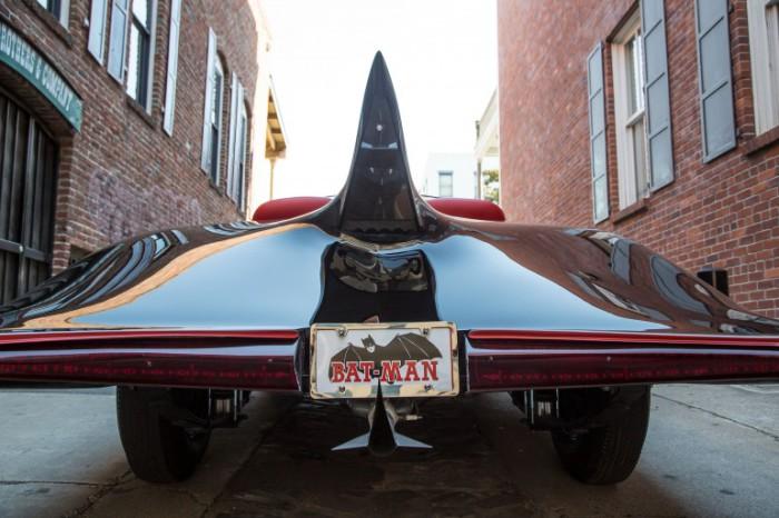 Супердизайн автомобиля для супергероя.