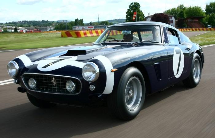 Невероятно красивые автомобили.