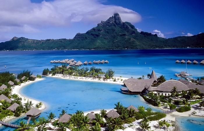 Красивейшее место: остров Бора-Бора.