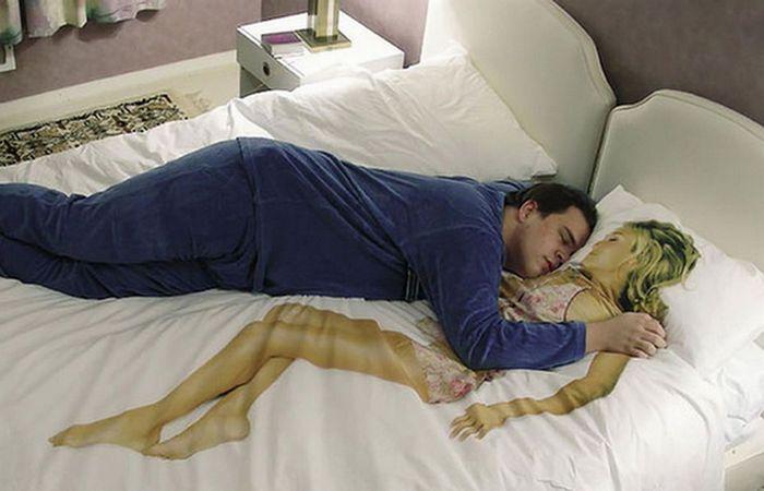 Оригинальное белье «Reality Bedding».