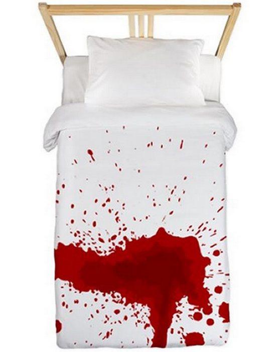 Оригинальное белье «Кровь».