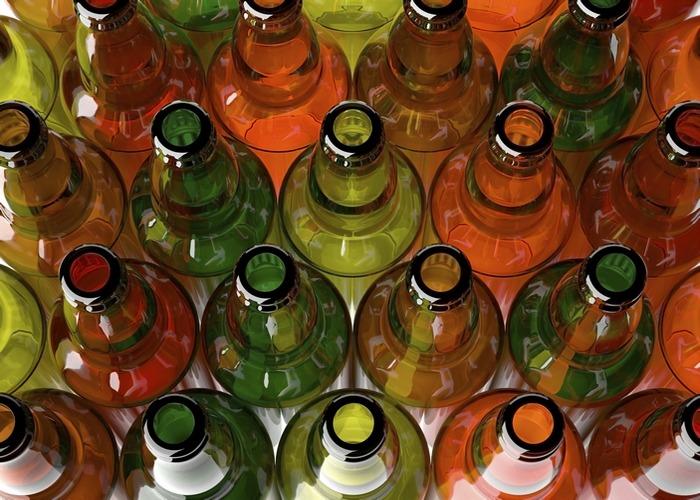 Пивные бутылки.