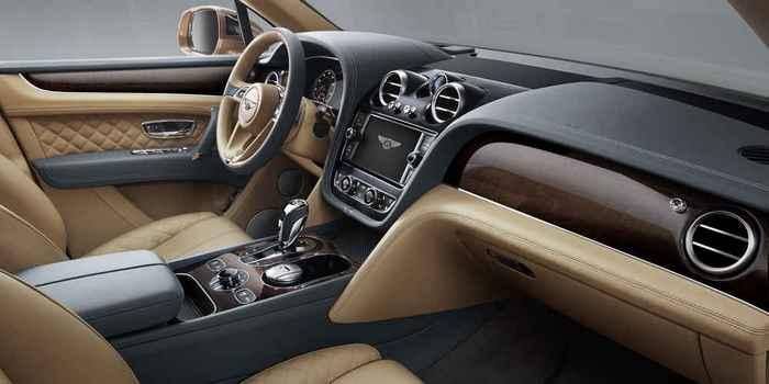 Bentley Bentayga - скоростной внедорожник.