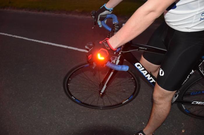 Перчатки для безопасности  велосипедситов.