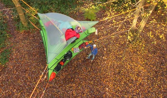 Многоэтажная подвесная палатка Tentsile Vista.