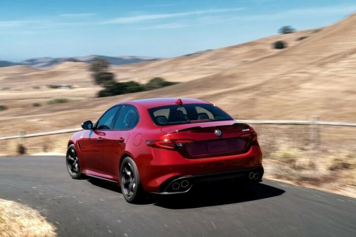 Красивый и быстрый. |Фото: autoevolution.com.