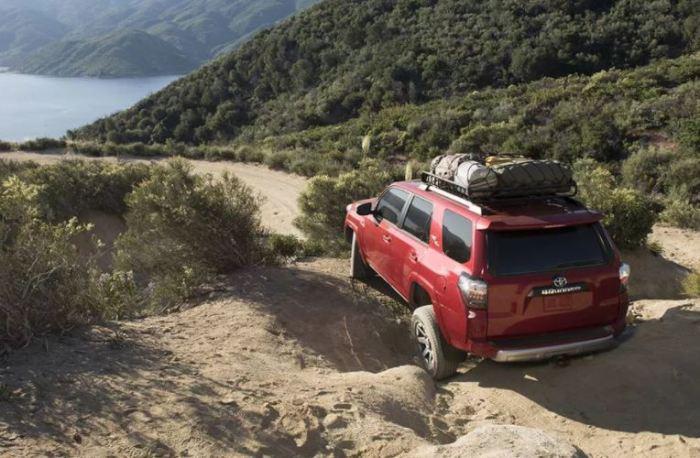 Toyota 4Runner лучше всего будет новеньким.