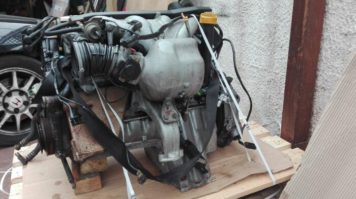 немцы сделали целую серию двигателей. |Фото: rennlist.com.