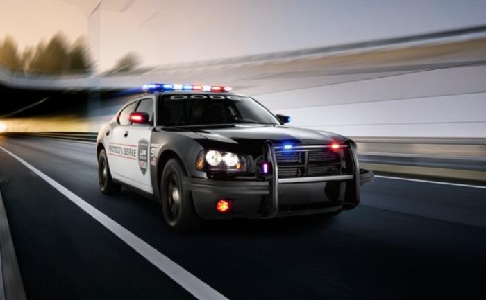 Этот Dodge Charger Pursuit боятся все.