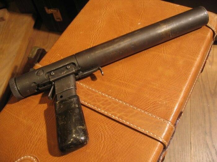 Пистолет Welrod. |Фото: imgday.com.