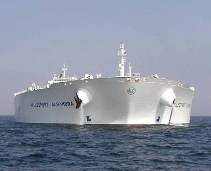 TI Asia - один из самых больших кораблей.