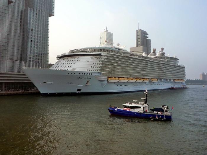 Oasis Of The Seas - Титаник наших дней.