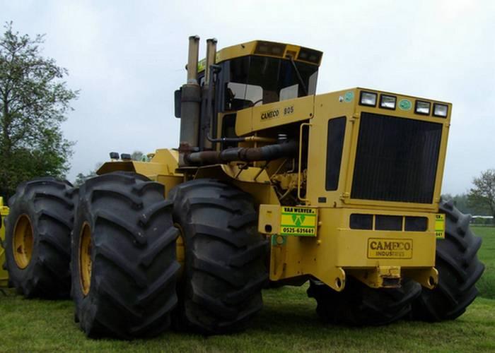 Трактор Cameco-805BTT.