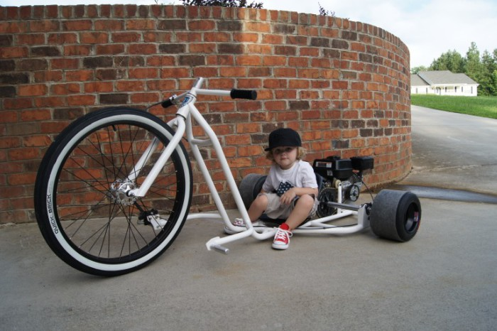 Big Wheel Drift Trike: недетский трёхколесник.