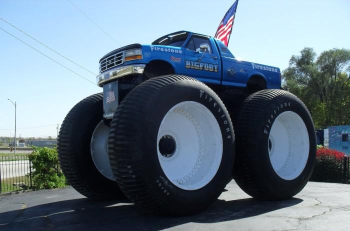 Bigfoot 5 и другие необычные авто.