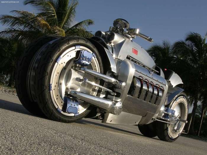 Dodge Tomahawk - самый быстрый байк в мире.