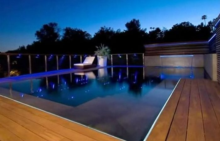 «Xanadu 2,0» - это 18-метровый бассейн.
