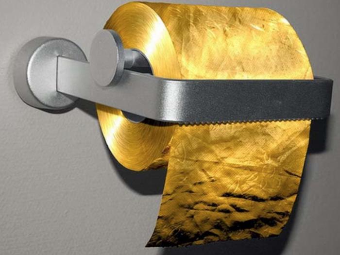 Туалетная бумага из золота.