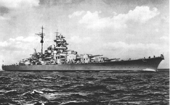 Линкор стал самым большим кораблем своего времени в своем классе.