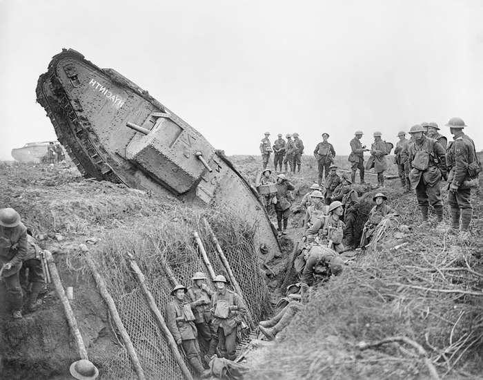 Первое крупное танковое сражение