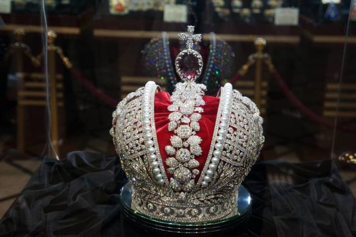 Цены у короны нет. |Фото: tshdpi.ru.