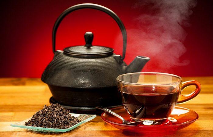 Польза черного чая: здоровье сердца.