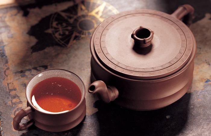 Польза черного чая: снятие стресса.