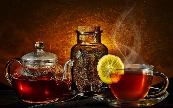Польза черного чая: фактор счастья.