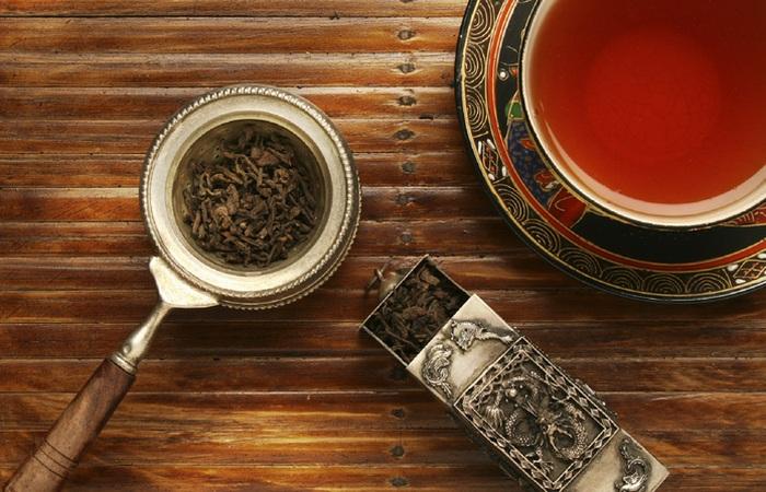 Черный чай.