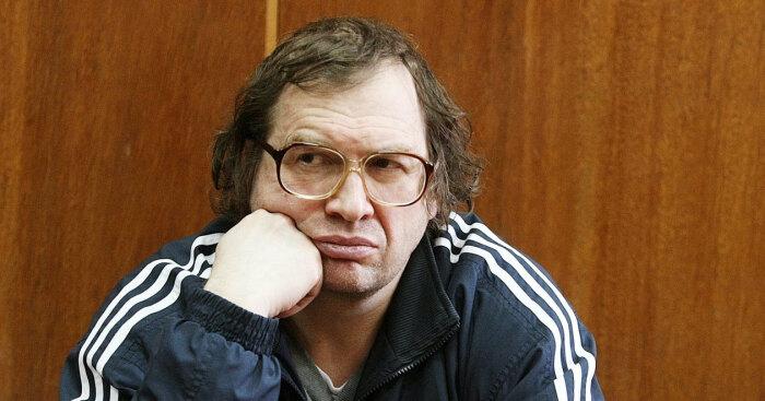Сетевая лихорадка закончилась финансовыми пирамидами.  Фото: esquire.ru.