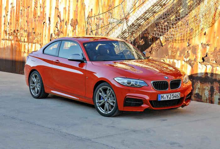 Авто новой серии BMW 2.