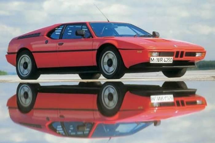 Автомобиль BMW E26 M1.