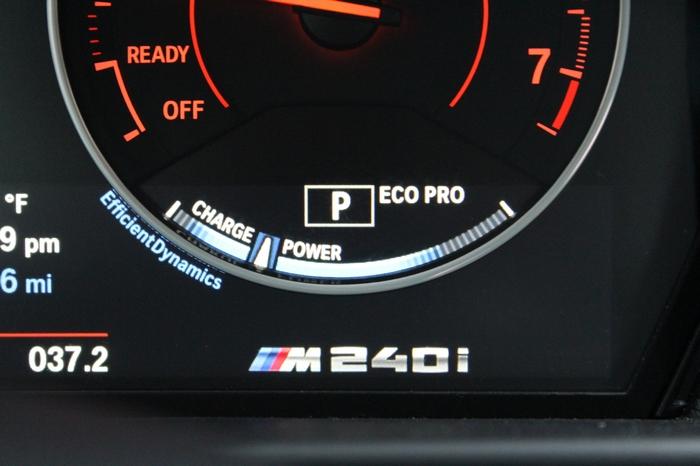 BMW M240i. Показатели радуют глаз.