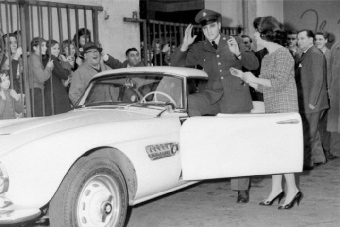 Передовой BMW 507, чуть не разорил компанию.